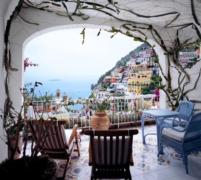 Balcony_01